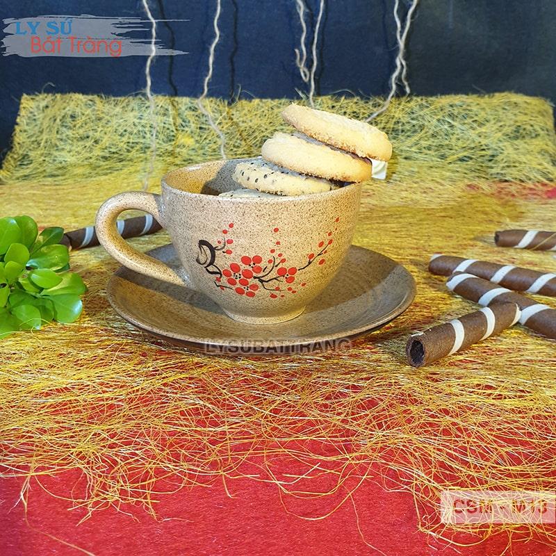 Ly sứ uống trà có tách lót
